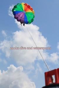 parasailing-berdua